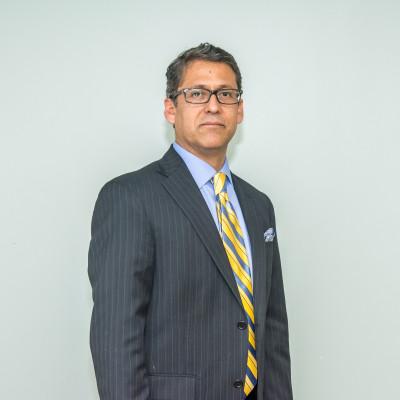 Nuestro Pastor: Hugo Gallegos